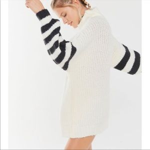 Urban Outfitters Gemini Turtleneck Tunic Sweater